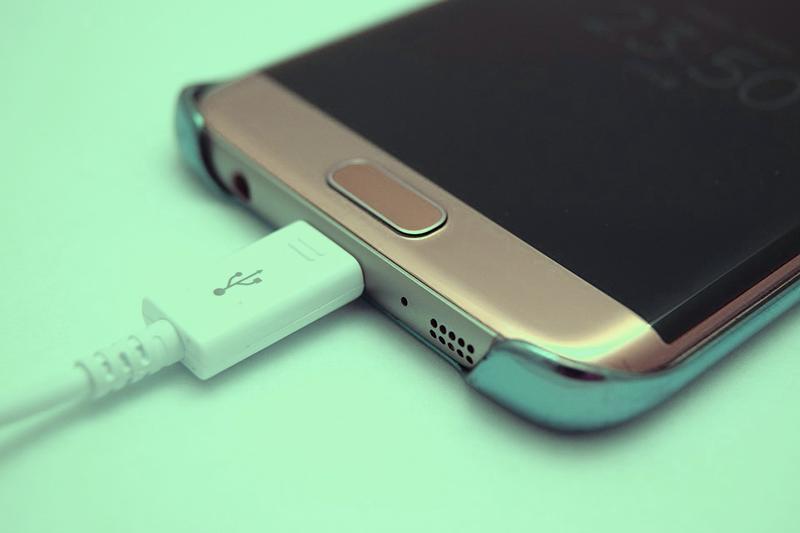 encender el móvil sin el botón de encendido